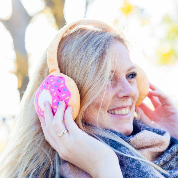 671135-bigmouth_oorwarmers-donut-1.jpg