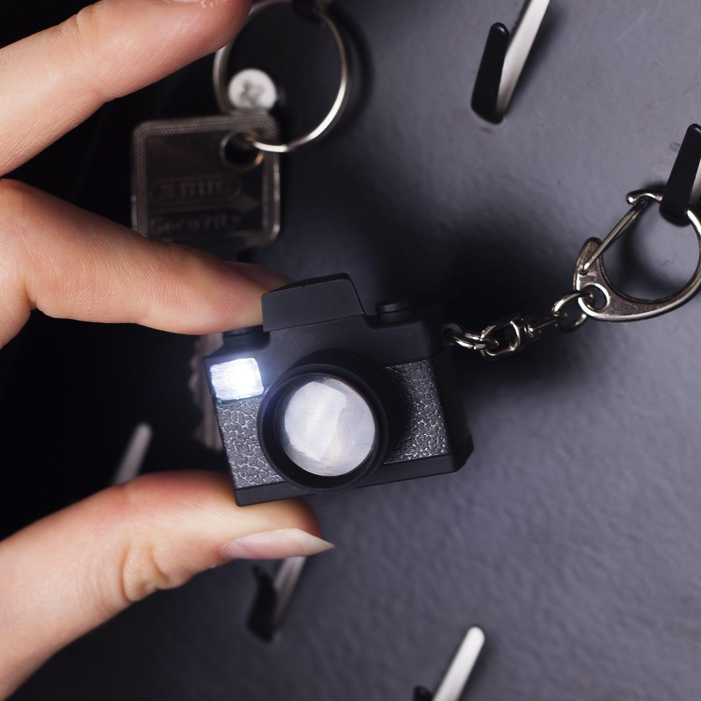 Kikkerland Camera LED Sleutelhanger