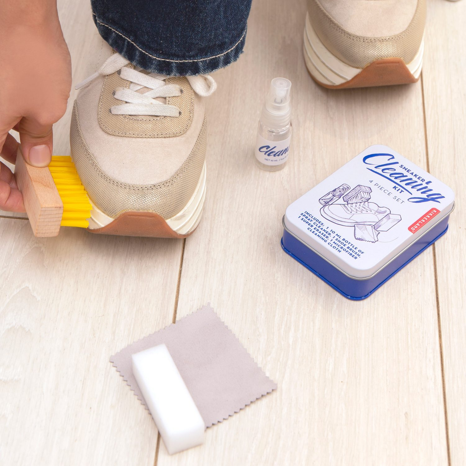 Sneaker Cleaning Kit van Kikkerland