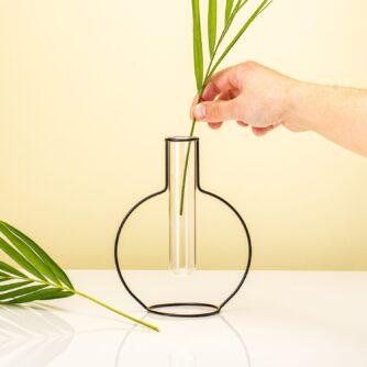 round-silhouette-vase-1_2.jpg