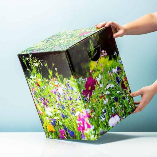 kartonnen kruk bloemenveld