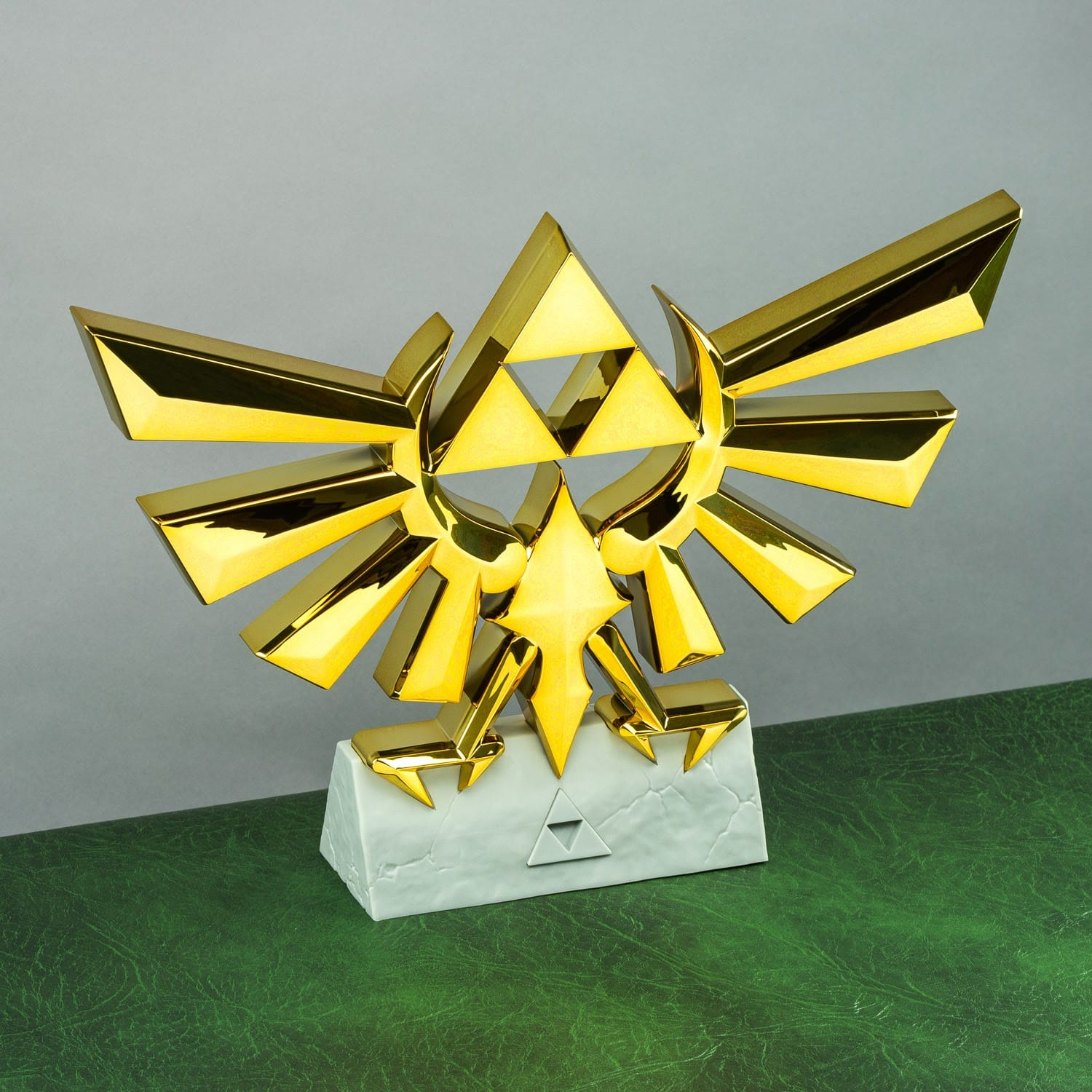 The Legend Of Zelda Hyrule Crest Lamp